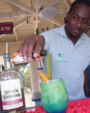 Schooner's Master Mixologist represents CTC in Taste of Cayman cocktail competition